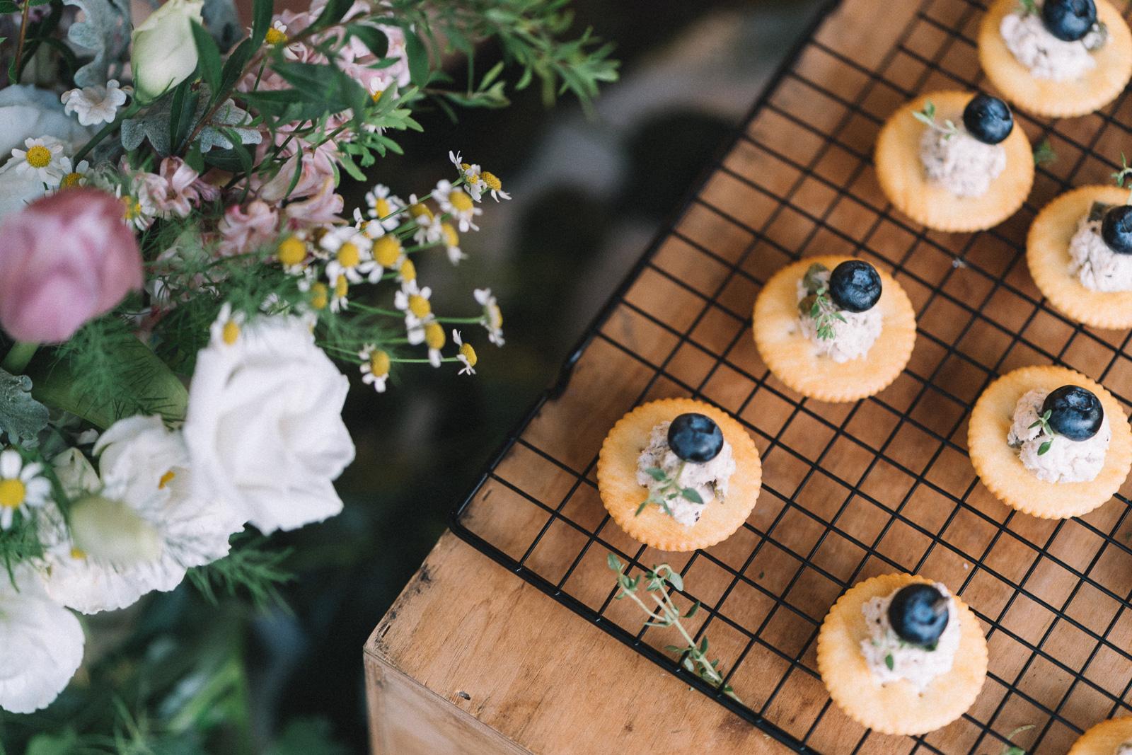 熱愛在食物烘焙裡研究與創作,甜鹹之間都能完美提供 適合下午茶、慶生蛋糕、BFF之間的聚會均可